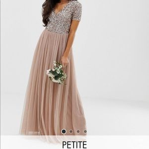Maya Deluxe PETITE maxi v neck tulle dress 0 XS